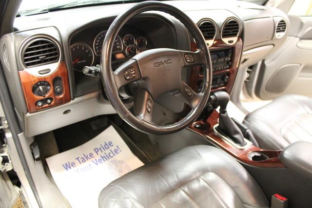 2004 GMC Envoy SLT Roscoe, Illinois 14
