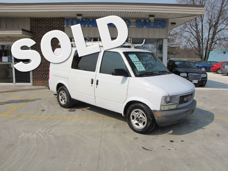 2004 GMC Safari Cargo Van XT | Medina, OH | Towne Cars in Medina OH