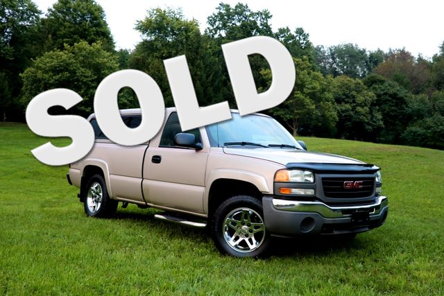2004 GMC Sierra 1500  | Tallmadge, Ohio | Golden Rule Auto Sales in Tallmadge Ohio