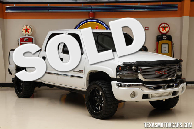 2004 GMC Sierra 2500HD SLE Financing is available with rates as low as 29 wac Get pre-approve