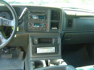2004 GMC Sierra 2500HD SLT San Antonio, Texas 10