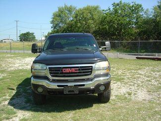 2004 GMC Sierra 2500HD SLT San Antonio, Texas 2