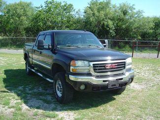 2004 GMC Sierra 2500HD SLT San Antonio, Texas 3