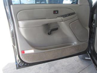 2004 GMC Yukon SLE Gardena, California 8
