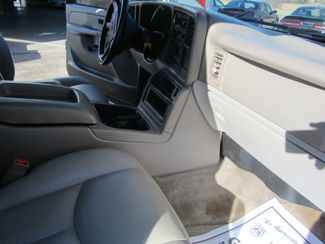 2004 GMC Yukon SLT Houston, Mississippi 8