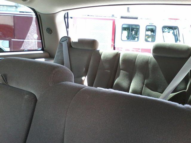 2004 GMC Yukon SLE 3rd Row Seating ,Rear A/C San Antonio, Texas 12