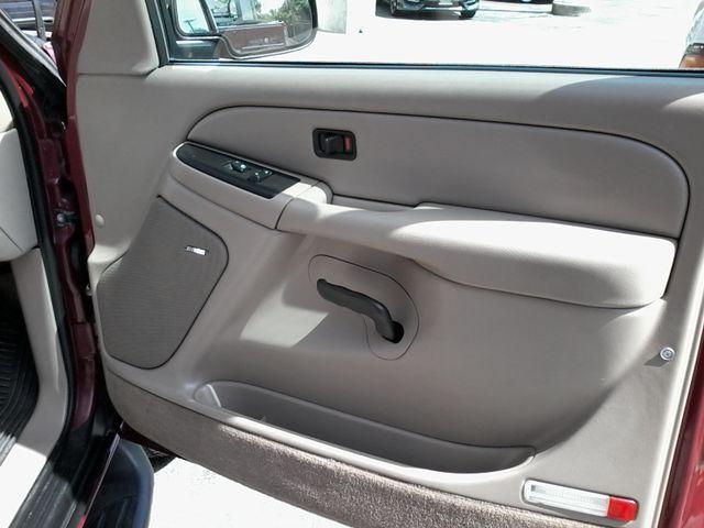 2004 GMC Yukon SLE 3rd Row Seating ,Rear A/C San Antonio, Texas 17
