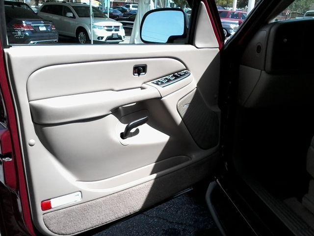 2004 GMC Yukon SLE 3rd Row Seating ,Rear A/C San Antonio, Texas 16