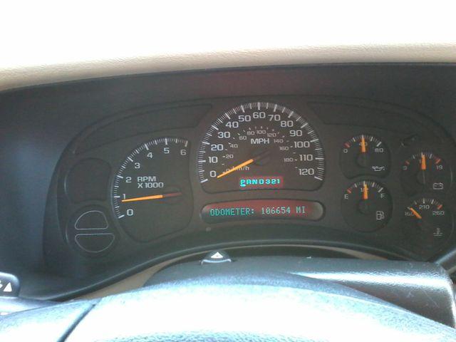 2004 GMC Yukon SLE 3rd Row Seating ,Rear A/C San Antonio, Texas 19