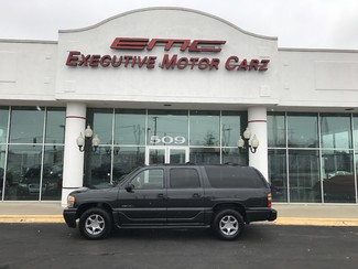 2004 GMC Yukon XL Denali  in Grayslake, IL