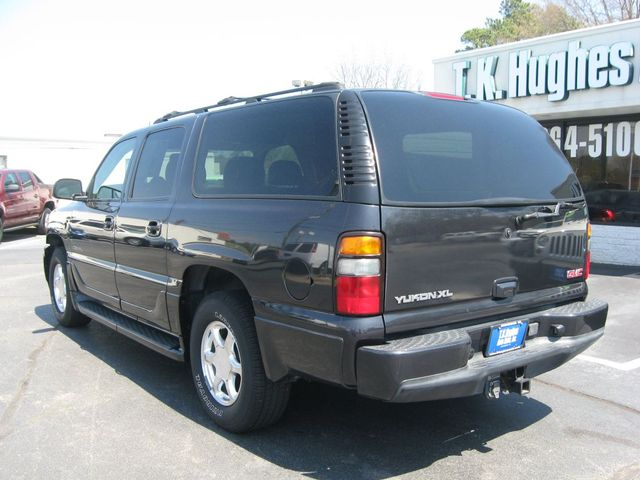 2004 GMC Yukon XL Denali DENALI AWD Richmond, Virginia 7