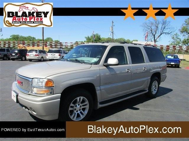 2004 GMC Yukon XL Denali @price | Bossier City, LA | Blakey Auto Plex