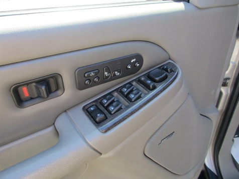 2004 GMC Yukon XL Denali @price | Bossier City, LA | Blakey Auto Plex in Shreveport, Louisiana