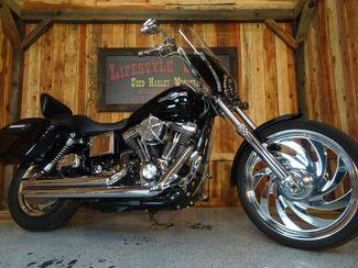 2004 Harley-Davidson Dyna® Wide Glide Anaheim, California 26