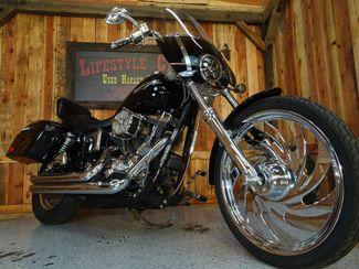2004 Harley-Davidson Dyna® Wide Glide Anaheim, California 13