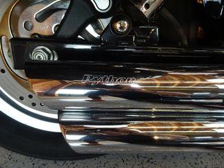 2004 Harley-Davidson Dyna® Wide Glide Anaheim, California 16