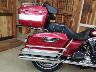 2004 Harley-Davidson Electra Glide® Classic Anaheim, California 9