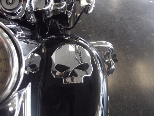 2004 Harley-Davidson Road King FLHRS ROADKING CUSTOM Arlington, Texas 12