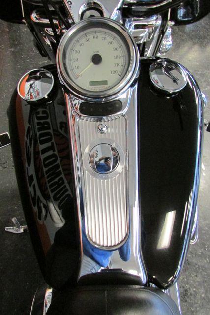 2004 Harley-Davidson Road King® Custom Arlington, Texas 33