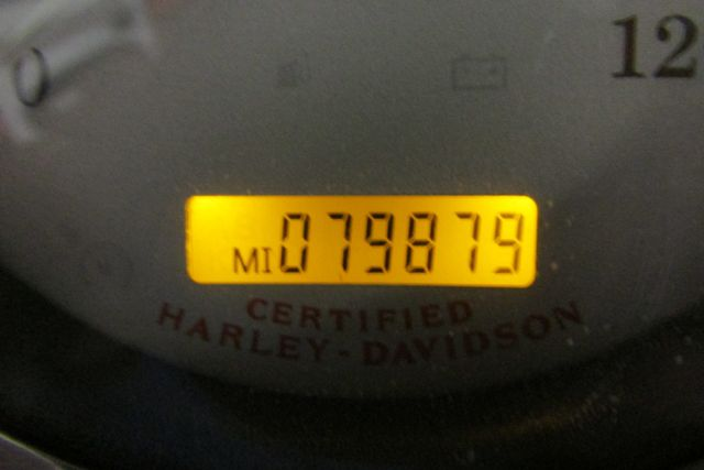 2004 Harley-Davidson Road King® Custom Arlington, Texas 34