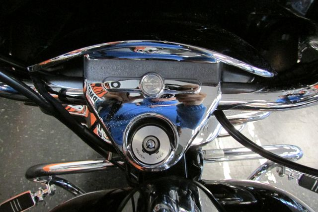2004 Harley-Davidson Road King® Custom Arlington, Texas 36
