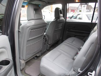 2004 Honda Pilot EX Milwaukee, Wisconsin 9