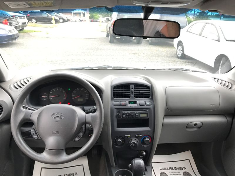 2004 Hyundai Santa Fe   in Frederick, Maryland