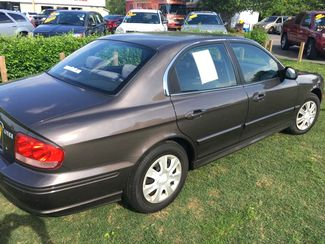 2004 Hyundai-$3995!! Auto!! Showroom Condition!! Sonata-CARMARTSOUTH.COM Base-BUY HERE PAY HERE!! Knoxville, Tennessee 5
