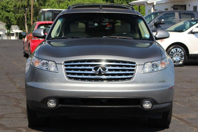 2004 Infiniti FX35 RWD- NAVIGATION - SUNROOF - HEATED LEATHER! Mooresville , NC 17