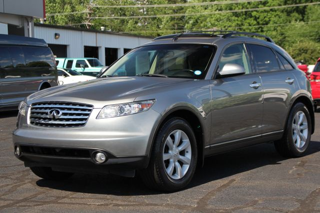 2004 Infiniti FX35 RWD- NAVIGATION - SUNROOF - HEATED LEATHER! Mooresville , NC 24