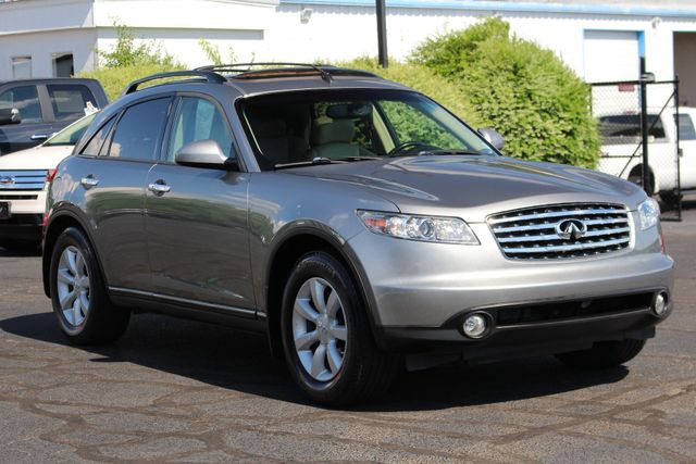 2004 Infiniti FX35 RWD- NAVIGATION - SUNROOF - HEATED LEATHER! Mooresville , NC 23
