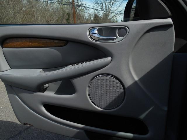 2004 Jaguar X-TYPE 3.0 Leesburg, Virginia 14