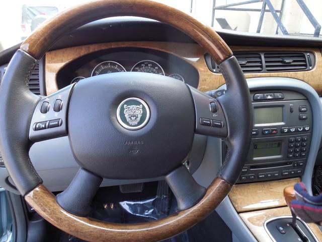 2004 Jaguar X-TYPE 3.0 Leesburg, Virginia 16