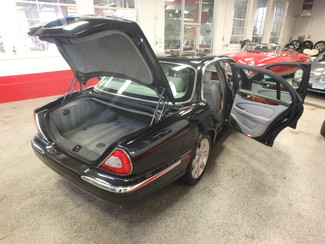 2004 Jaguar Xj8, New Brakes, Suspension, Tires and more.... Saint Louis Park, MN 19