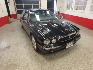 2004 Jaguar Xj8, New Brakes, Suspension, Tires and more.... Saint Louis Park, MN