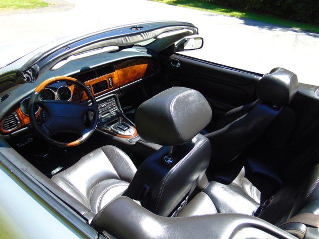 2004 Jaguar XKR Leesburg, Virginia 14