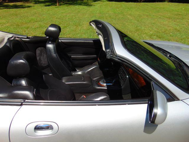 2004 Jaguar XKR Leesburg, Virginia 17