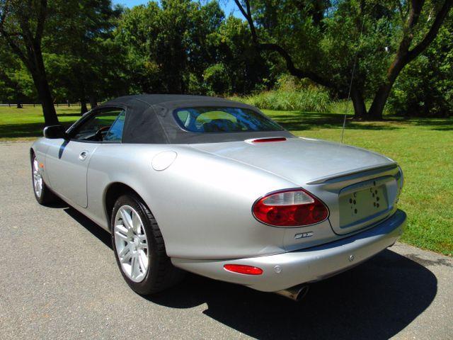 2004 Jaguar XKR Leesburg, Virginia 18