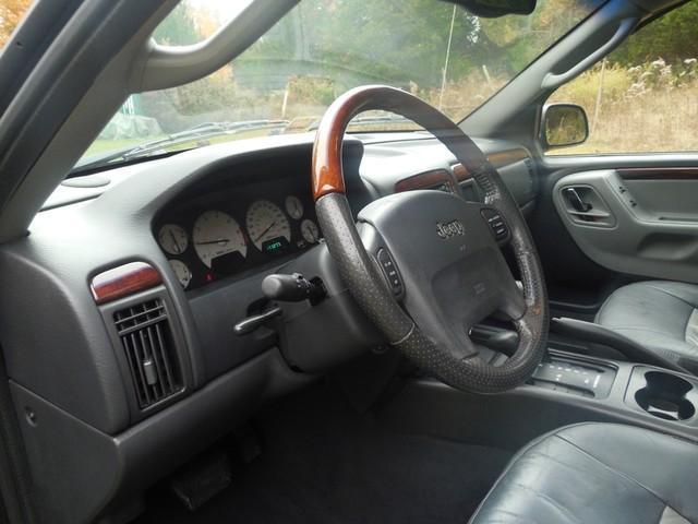 2004 Jeep Grand Cherokee Overland W/ Navigation Leesburg, Virginia 11