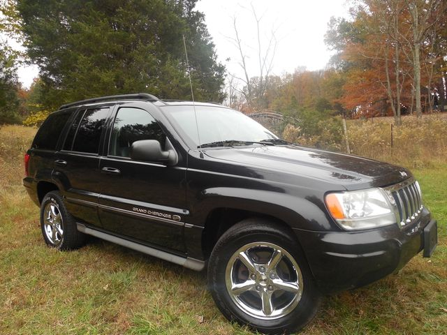 2004 Jeep Grand Cherokee Overland W/ Navigation Leesburg, Virginia 2