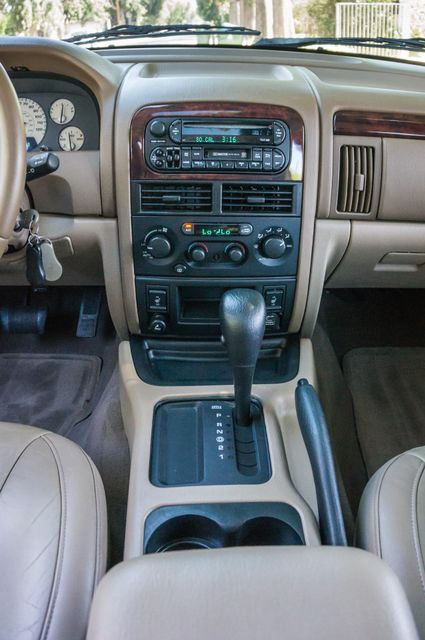 2004 Jeep Grand Cherokee Limited Reseda, CA 23