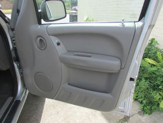 2004 Jeep Liberty Sport, Gas Saver! Clean CarFax! New Orleans, Louisiana 16