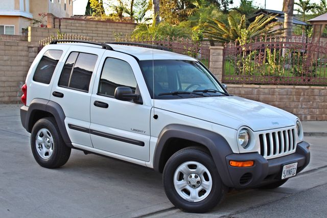 2004 Jeep LIBERTY SPORT AUTOMATIC ONLY 61K ORIGINAL MILES SERVICE RECORDS Woodland Hills, CA 6
