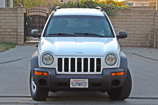 2004 Jeep LIBERTY SPORT AUTOMATIC ONLY 61K ORIGINAL MILES SERVICE RECORDS Woodland Hills, CA 8