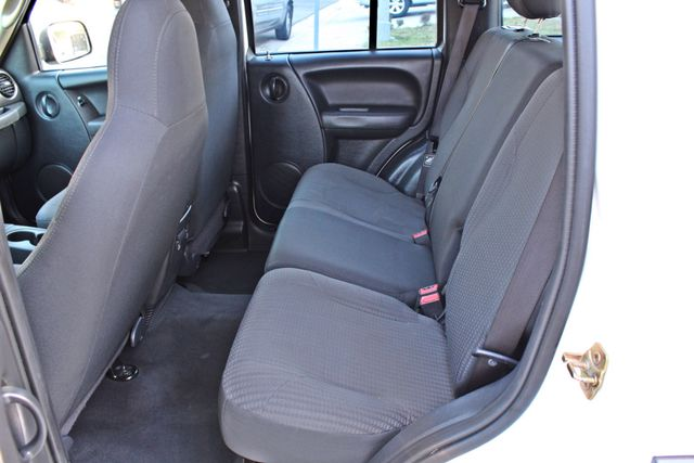2004 Jeep LIBERTY SPORT AUTOMATIC ONLY 61K ORIGINAL MILES SERVICE RECORDS Woodland Hills, CA 24