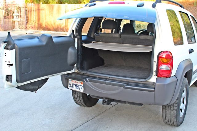 2004 Jeep LIBERTY SPORT AUTOMATIC ONLY 61K ORIGINAL MILES SERVICE RECORDS Woodland Hills, CA 13