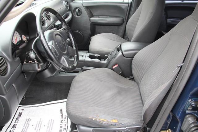 2004 Jeep Liberty Sport Santa Clarita, CA 13