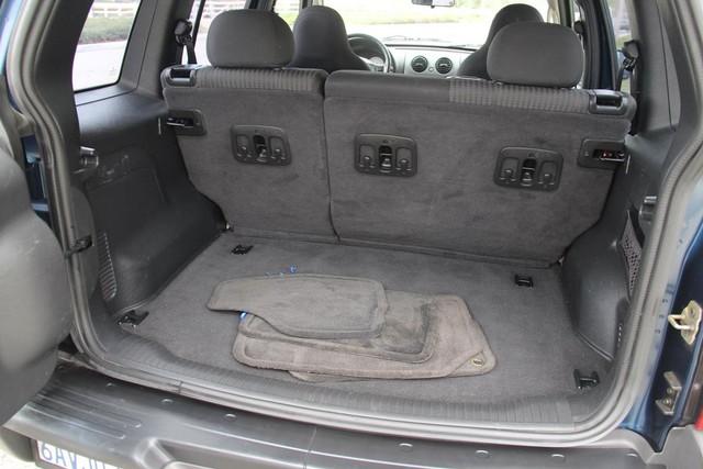 2004 Jeep Liberty Sport Santa Clarita, CA 21