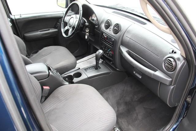 2004 Jeep Liberty Sport Santa Clarita, CA 9