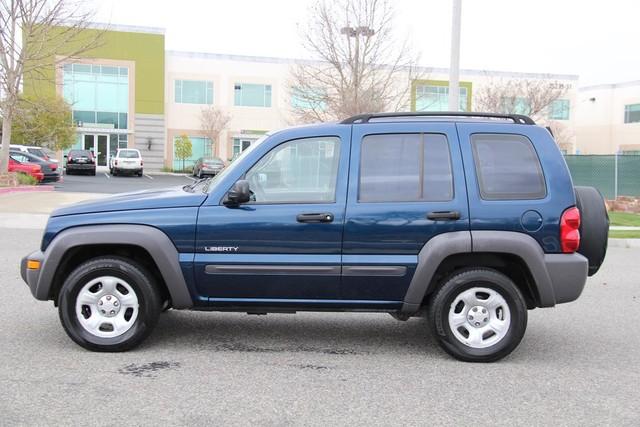 2004 Jeep Liberty Sport Santa Clarita, CA 11
